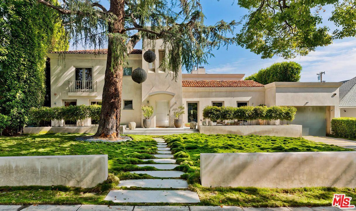 Photo of 610 North MAPLE Drive, Beverly Hills, CA 90210 (MLS # 20562224)