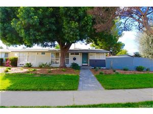 Photo of 6555 LARAMIE Avenue, Winnetka, CA 91306 (MLS # SR18046225)
