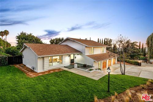 Photo of 500 East LOMA ALTA Drive, Altadena, CA 91001 (MLS # 19513228)