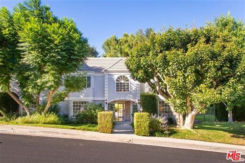 Photo of 1408 CALLE DEL JONELLA, Pacific Palisades, CA 90272 (MLS # 19526228)