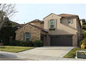 Photo of 26947 BOULDER CREST Drive, Valencia, CA 91381 (MLS # SR18272229)
