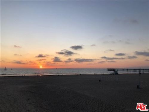 Photo of 4001 OCEAN FRONT 1/2 Walk, Marina Del Rey, CA 90292 (MLS # 20560230)