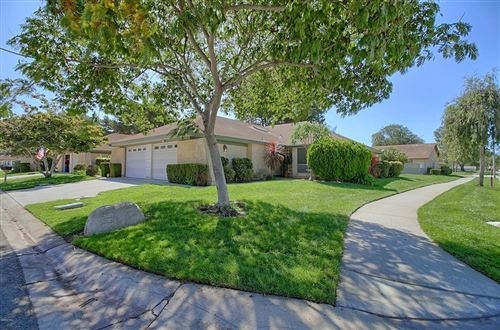 Photo of 28102 VILLAGE 28, Camarillo, CA 93012 (MLS # 219012231)