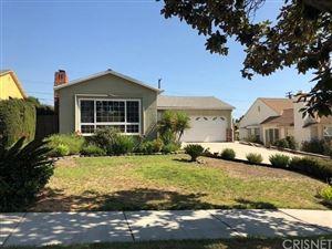 Photo of 1060 East WALNUT Avenue, Burbank, CA 91501 (MLS # SR18230231)