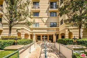 Photo of 430 North OAKHURST Drive #208, Beverly Hills, CA 90210 (MLS # 18342232)