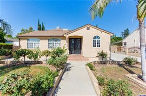 Photo of 6947 ENCINO Avenue, Lake Balboa, CA 91406 (MLS # 319003232)
