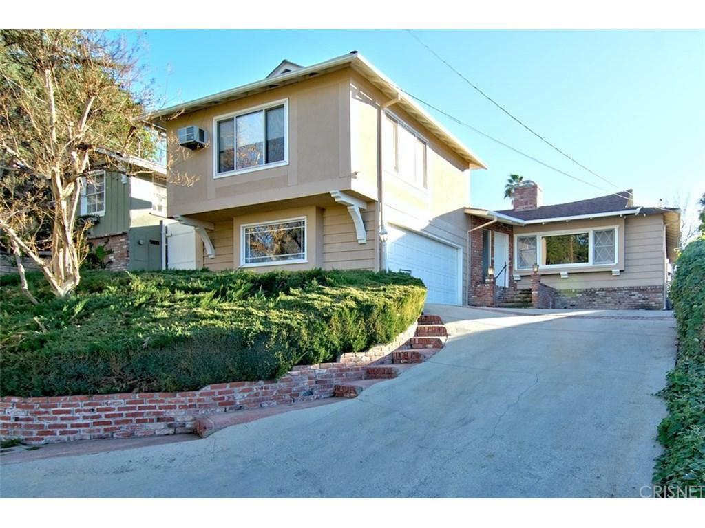 Photo for 22434 VENIDO Road, Woodland Hills, CA 91364 (MLS # SR18033232)