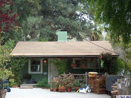 Photo of 5624 FREEMAN Avenue, La Crescenta, CA 91214 (MLS # 320000233)