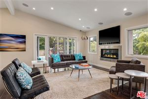 Photo of 400 North SKYEWIAY Road, Los Angeles , CA 90049 (MLS # 19433236)