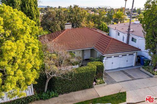 Photo of 16150 ALCIMA Avenue, Pacific Palisades, CA 90272 (MLS # 20558236)