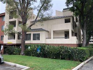 Photo of 5510 OWENSMOUTH Avenue #308, Woodland Hills, CA 91367 (MLS # SR19139240)