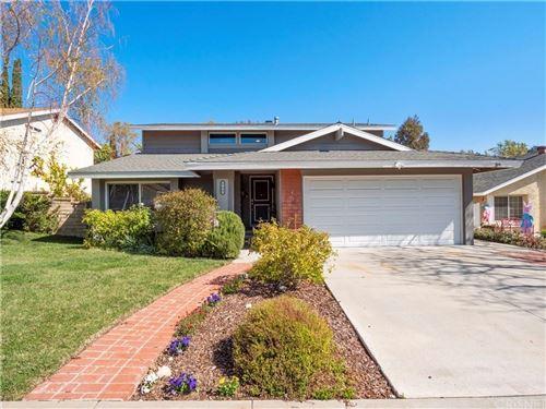 Photo of 27945 OREGANO Circle, Saugus, CA 91350 (MLS # SR20064241)