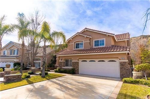 Photo of 28563 ROCK CANYON Drive, Saugus, CA 91390 (MLS # SR20018247)