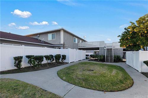 Photo of 20760 PLUM CANYON Road, Saugus, CA 91350 (MLS # SR20005249)