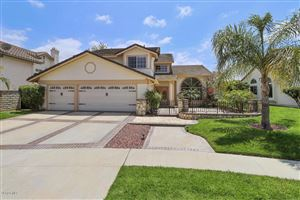 Photo of 713 AZURE HILLS Drive, Simi Valley, CA 93065 (MLS # 218006250)