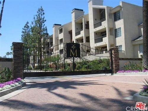 Photo of 5525 CANOGA Avenue #219, Woodland Hills, CA 91367 (MLS # SR19278251)