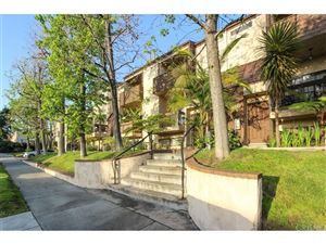 Photo of 320 MCHENRY Road #1, Glendale, CA 91206 (MLS # SR18087252)