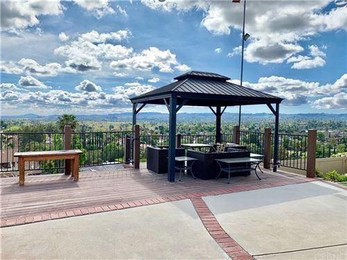 Photo of 23940 PENTLAND Way, West Hills, CA 91307 (MLS # SR19276252)