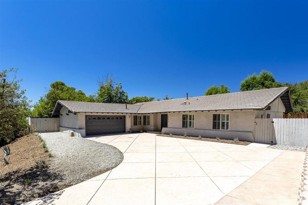 Photo for 2980 SAPRA Street, Thousand Oaks, CA 91362 (MLS # 219010253)