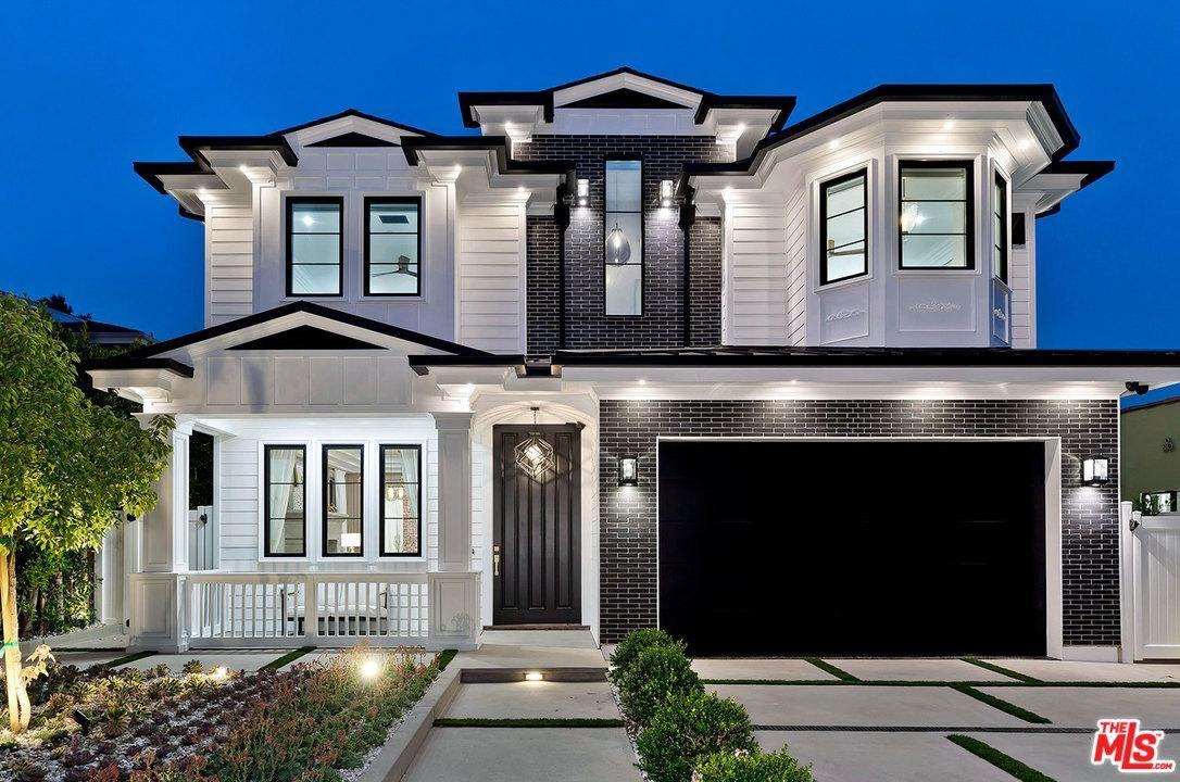 Photo of 832 North ORANGE GROVE Avenue, Los Angeles , CA 90046 (MLS # 20556256)
