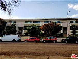 Photo of 7461 HAZELTINE Avenue, Van Nuys, CA 91405 (MLS # 18346262)