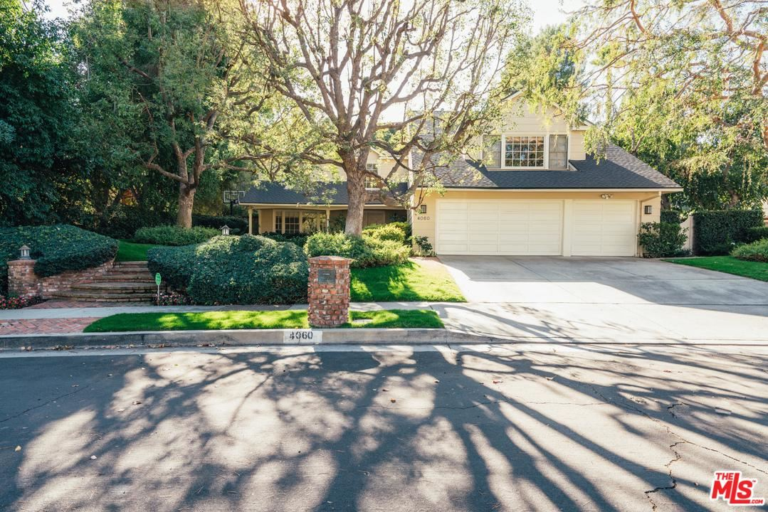 Photo of 4060 FALLING LEAF Drive, Encino, CA 91316 (MLS # 20557262)