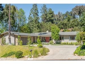 Photo of 3942 BALLINA Drive, Encino, CA 91436 (MLS # SR18093264)