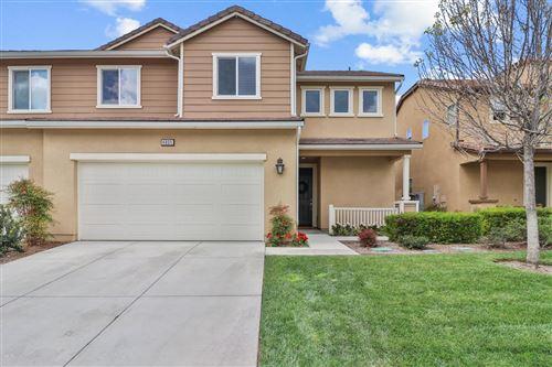 Photo of 4805 EDENBRIDGE Road, Moorpark, CA 93021 (MLS # 220003266)