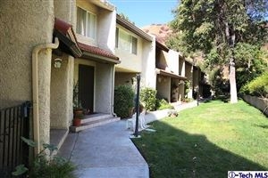 Photo of 9539 VIA VENEZIA, Burbank, CA 91504 (MLS # 317007266)
