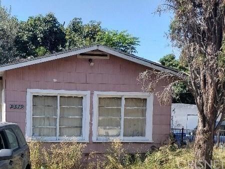 Photo of 9519 ELIZABETH Avenue, South Gate, CA 90280 (MLS # SR19274266)
