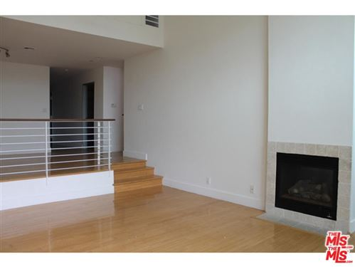 Photo of 922 North WEST KNOLL Drive, West Hollywood, CA 90069 (MLS # 19520268)