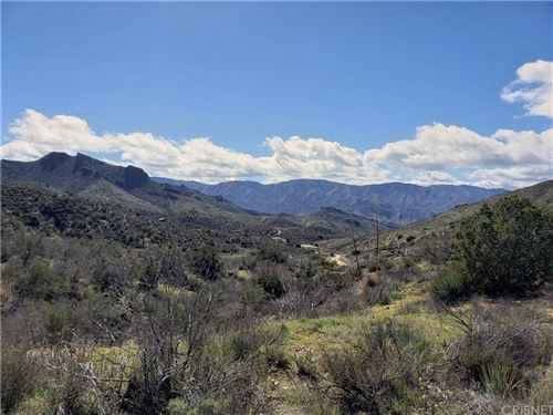 Photo of 2 South WARD Miles Road, Acton, CA 93510 (MLS # SR20043268)