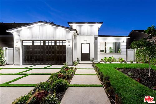 Photo of 4937 GREENBUSH Avenue, Sherman Oaks, CA 91423 (MLS # 19536270)