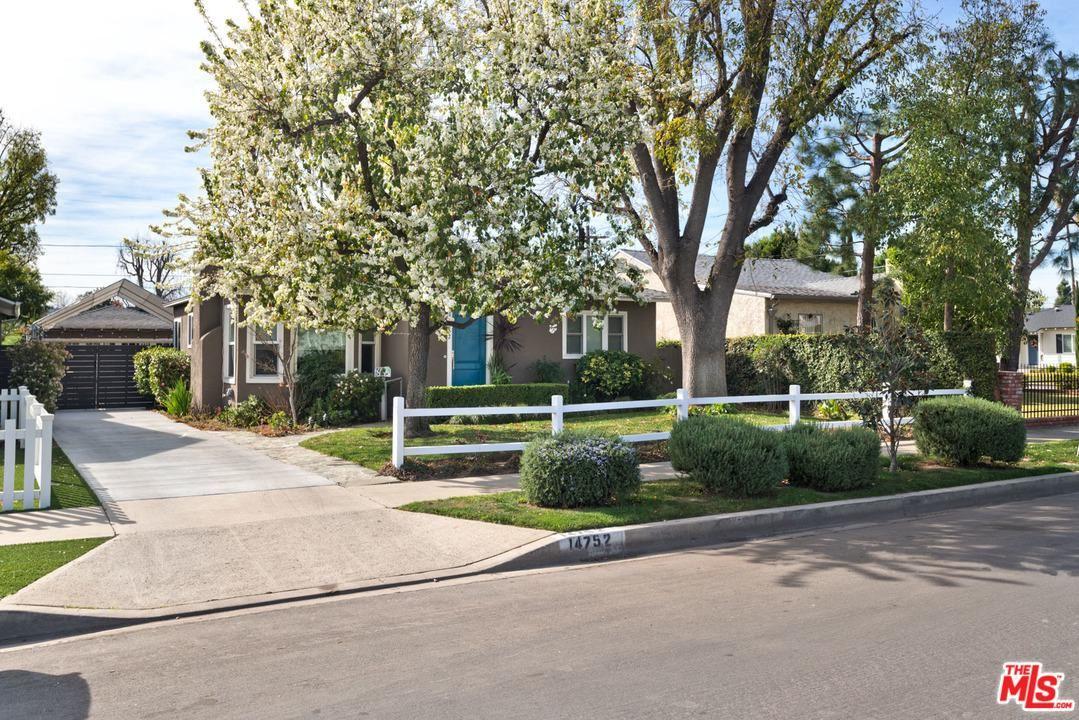 Photo of 14752 ALBERS Street, Sherman Oaks, CA 91411 (MLS # 20558270)