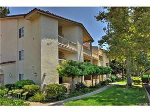 Photo of 5837 OAK BEND Lane #102, Oak Park, CA 91377 (MLS # SR18195272)