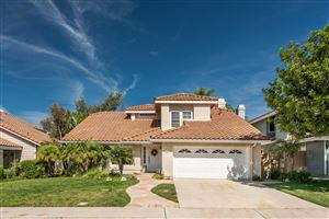 Photo of 12309 WILLOW HILL Drive, Moorpark, CA 93021 (MLS # 218012275)