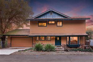 Photo of 29043 LAKE Drive, Agoura Hills, CA 91301 (MLS # 219001276)