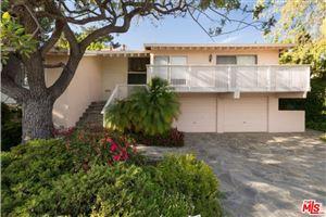 Photo of 2532 BANYAN Drive, Los Angeles , CA 90049 (MLS # 18342278)