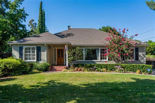 Photo of 623 HOUSEMAN Street, La Canada Flintridge, CA 91011 (MLS # 819004278)
