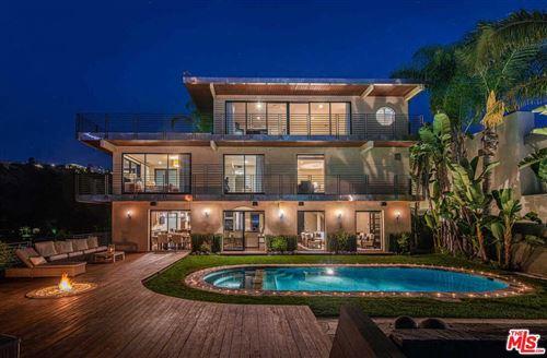 Photo of 1501 VIEWSITE Terrace, Los Angeles , CA 90069 (MLS # 19511282)