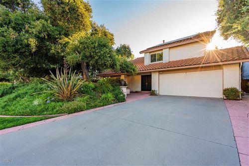 Photo of 311 FOX HILLS Drive, Thousand Oaks, CA 91361 (MLS # 219012282)
