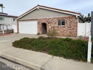 Photo of 2742 SAILOR Avenue, Ventura, CA 93001 (MLS # 219014282)