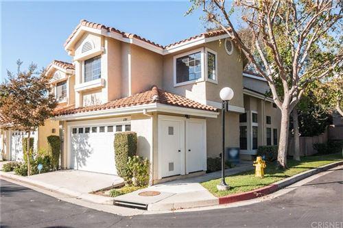 Photo of 4789 GONDOLA Drive, Oak Park, CA 91377 (MLS # SR19269283)
