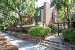 Photo of 700 South LAKE Avenue #104, Pasadena, CA 91106 (MLS # 818001285)