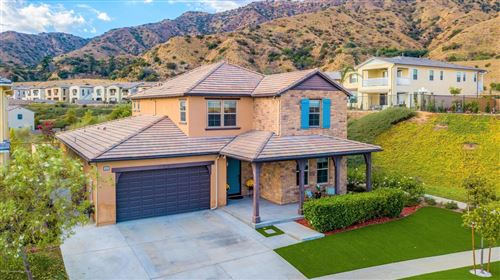 Photo of 813 East MCKELLER Court, Azusa, CA 91702 (MLS # 819005285)