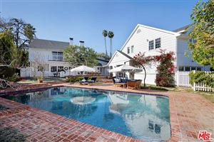 Photo of 126 North ROCKINGHAM Avenue, Los Angeles , CA 90049 (MLS # 19434288)