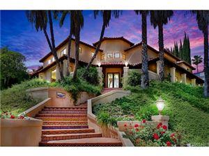Photo of 4123 VICASA Drive, Calabasas, CA 91302 (MLS # SR19018289)