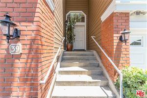 Photo of 20950 OXNARD Street #39, Woodland Hills, CA 91367 (MLS # 18365290)