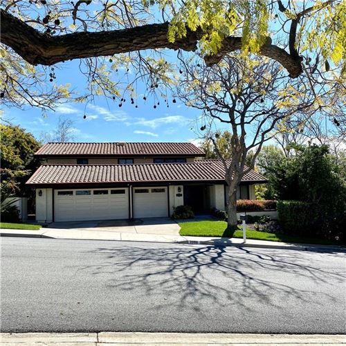 Photo of 3980 CORTE CANCION, Thousand Oaks, CA 91360 (MLS # SR20059290)