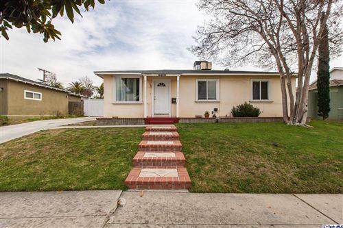 Photo of 6620 CHARLESWORTH Avenue, North Hollywood, CA 91606 (MLS # 320000291)